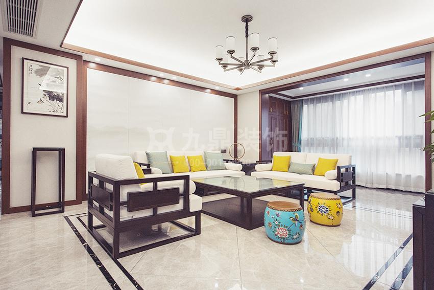新中式风格适合搭配哪些家具?